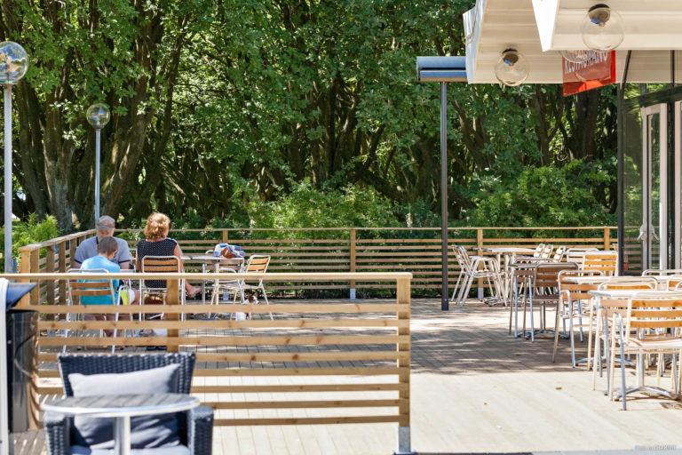Uteservering restaurang vid First Camp Sibbarp-Malmö.
