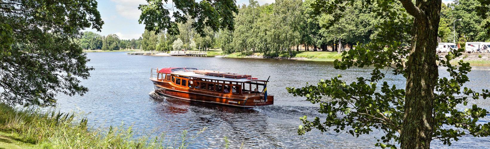Åk båtbuss
