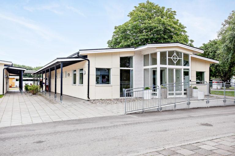Servicehus på First Camp Sibbarp-Malmö.