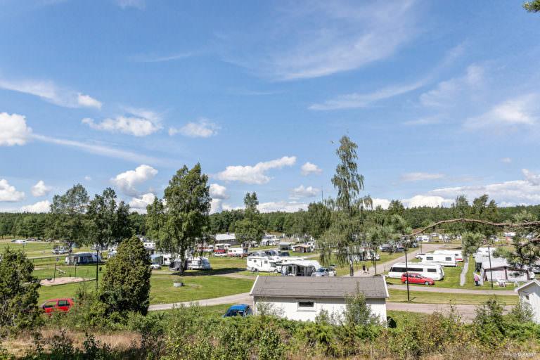 Utsikt över First Camp Skutberget-Karlstad.