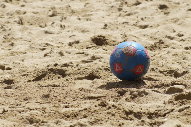 Beachvolley, basket, boule & fotboll