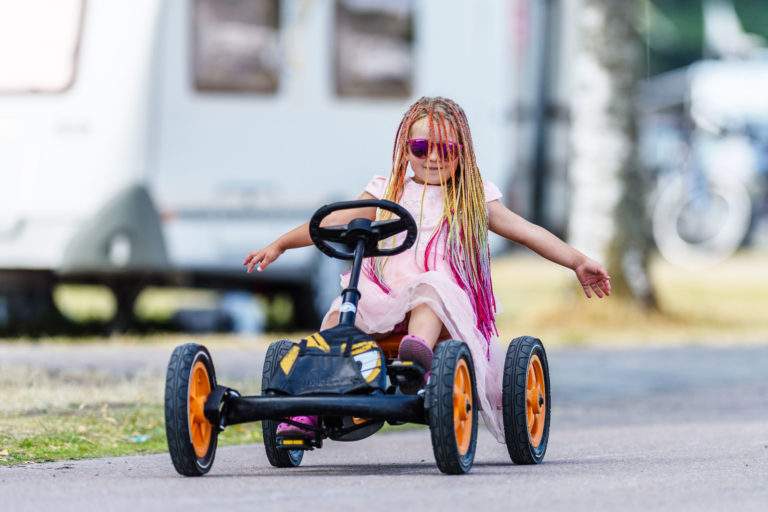 Pedal cars, bicycles and minipro